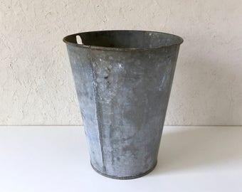 Vintage Sap Bucket, Galvanized Maple Syrup Bucket, Garden Storage, Industrial Farmhouse Bucket, Cottage Style