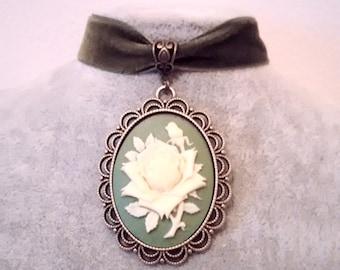 Necklace - Choker -  Velvet Choker  - Rose Choker - Gothic Rose Choker - Victorian Necklace -