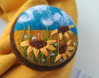 Sunflower jewelry Nature jewelry for sister Needle felt brooch Handmade teacher gift Gifts jewelry Gifts for wives Her gift