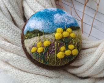 Gift for mom,Needle felted yellow flower brooch,Gift ideas,Wool felt jewelry,Gift for women,Nature pin,Boho fashion