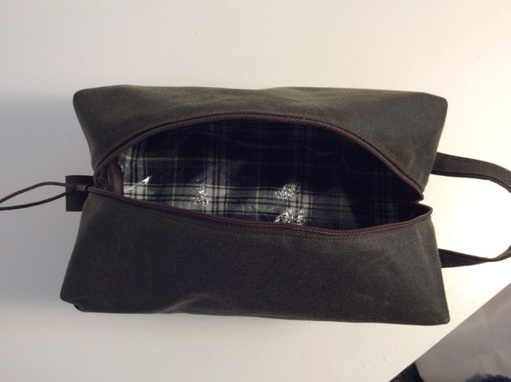 7fd358f5bb8 Waxed cotton wash bag toiletry bag travel bag doppbag mens   Etsy