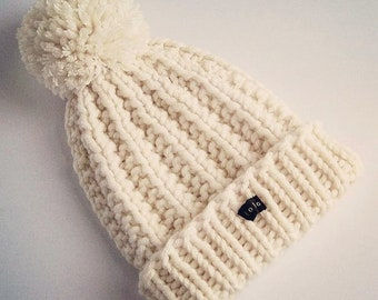 HoBo Handmade 'Lofty' Bobble Hat. Thick chunky hand knitted beanie. Large removable pom pom. Winter white/cream/ecru colour wool blend
