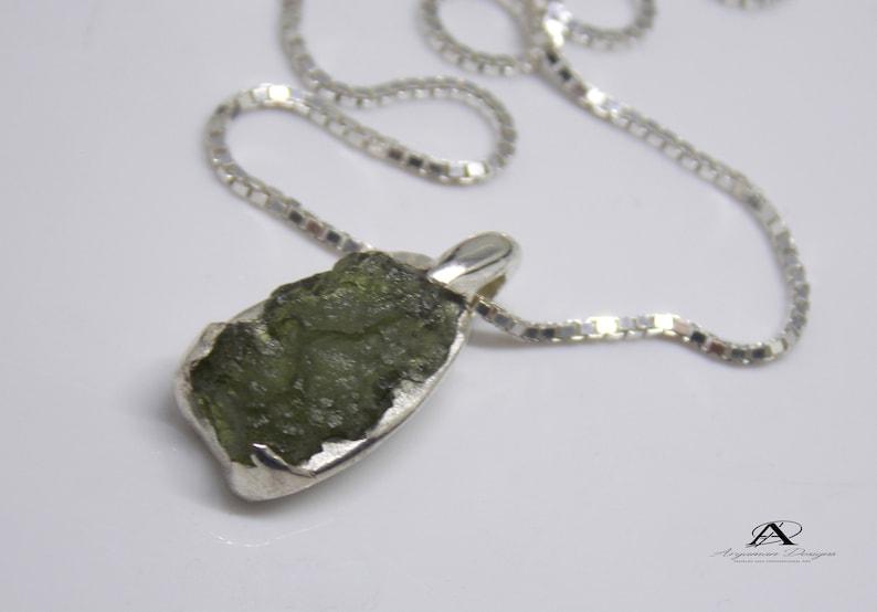 Green pendant Yoga Jewelry Moldavite pendant Healing Crystal Moldavite Jewelry Meteorite Jewelry Healing Jewelry Energy Jewelry