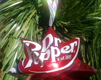Set of 2 show your love for your favorite drinks, with these ornaments.