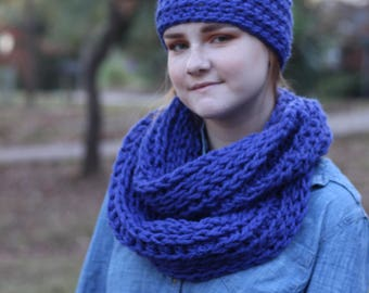 Cobalt Blue Chunky Crochet Wool Infinity Scarf // Chunky Blue Crochet Infinity Scarf (Scarf Only)
