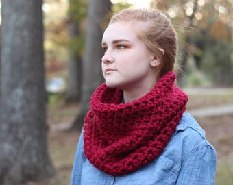 Red Chunky Crochet Wool Cowl Neck Scarf // Chunky Red Crochet Circle Scarf // Chunky Red Popover Tube Scarf