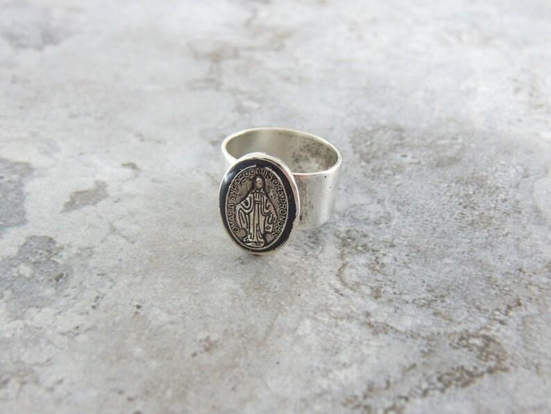 Catholic rings for women