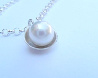 Pearl pedant , pearl in nest , sterling silver  with pearl ,  original ooak pedant , hand made pedant
