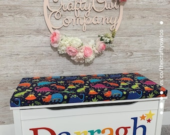 Personalised toy box Bright Dinosaur style
