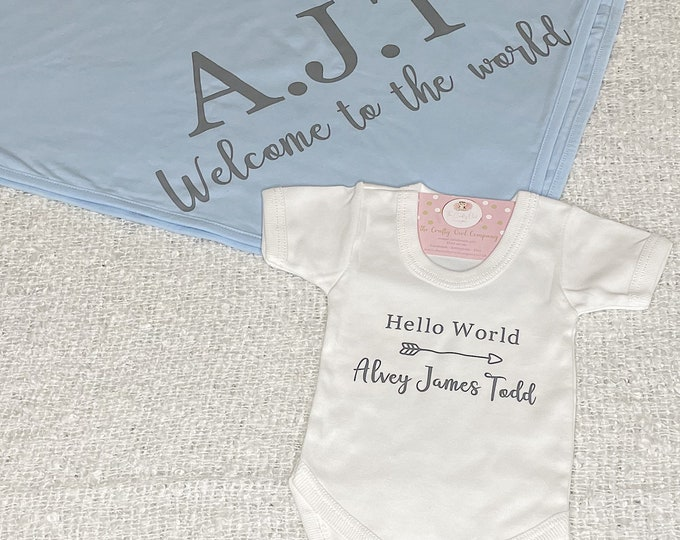 Baby announcement Vest and blanket
