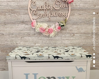 Personalised toy box Dinosaur style