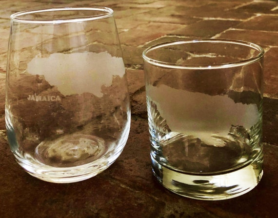 Jamaica Map Engraved Rocks Stemless Wine /& Pint Glasses