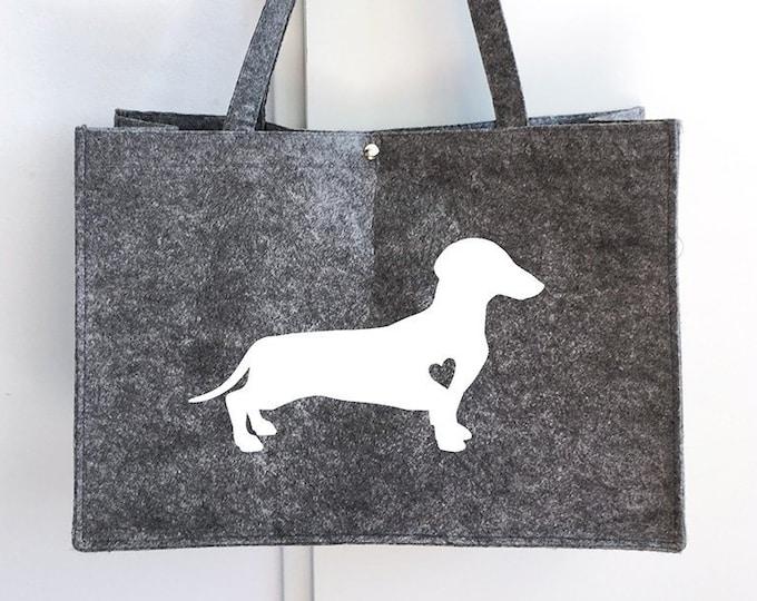 Felt bag smooth-haired Dachshund - Teckel dog silhouette