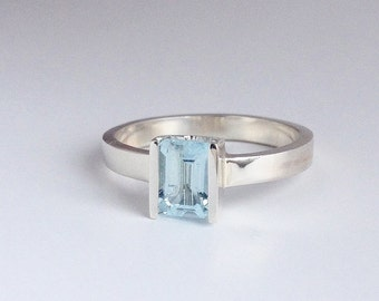 Aquamarine ring. Silver Ring. Silver ring with aquamarine. Solitaire ring. Modern ring. Unique ring. Handmade ring. Valentine gift idea.