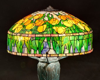 Tulip Lamp, Stained Glass Lamp, Tiffany Lamp, Table Lamp, Home Decor, Stained Glass Light, Stained Glass Art, Bedside Lamp, Standing lamp