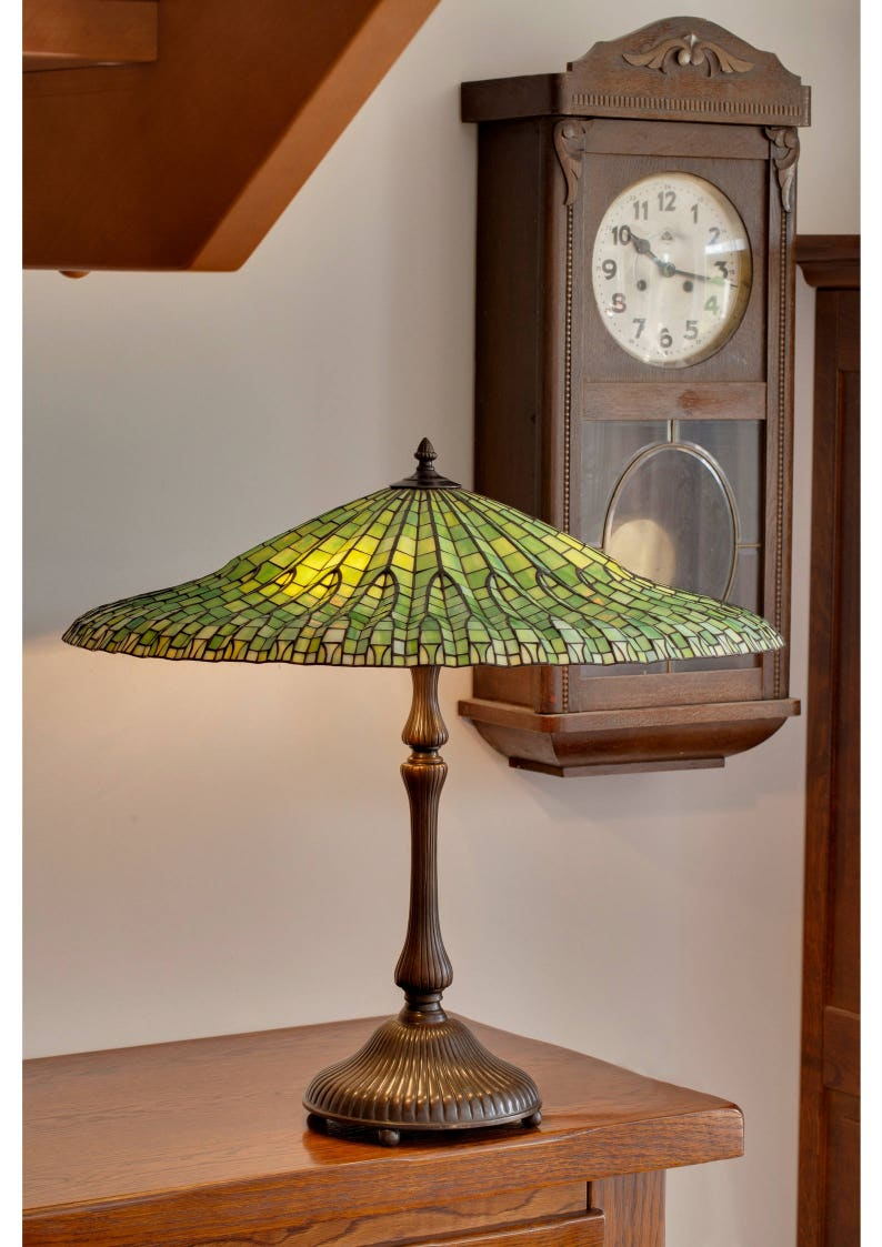 Lotus Lampe Tiffany Glasmalerei