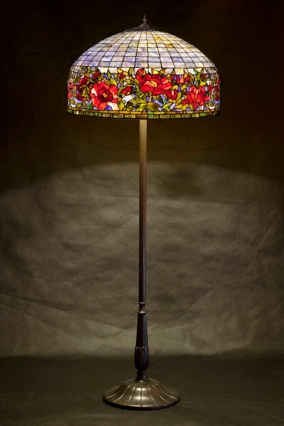 Floor Lamp Replica Floor Lamp Stained Glass Lamp Tiffany Lamp Tiffany Replica Border Peony Lamp Senior Lamp Office Lamp Home Design