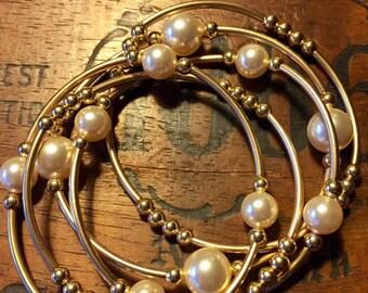 The Grateful Pearl Cream/Gold 14kf-- Set of 5