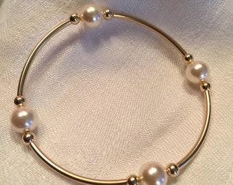 14k Gold Filled Grateful Pearl Bracelet