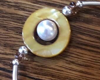 Shell Circles & Pearls