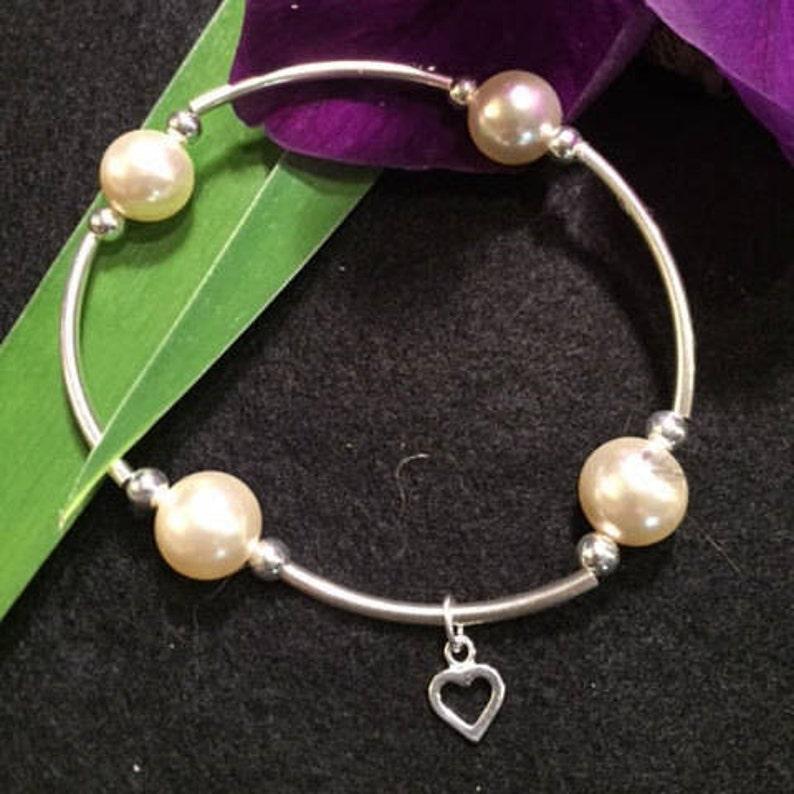 877c3e8fca7fc Grateful Pearl Bracelet with Heart Charm