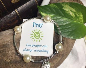 Prayerful Pearl