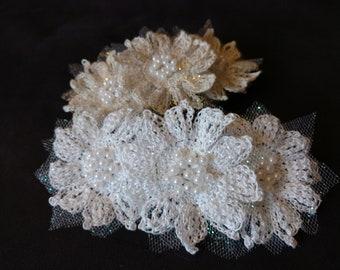 Crochet flower barrette, crochet hair accessory, white, gold