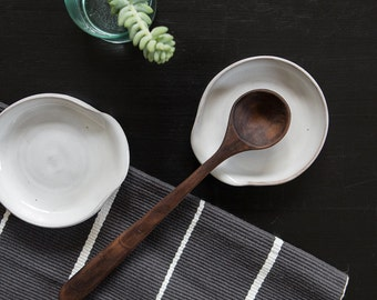 Spoon Rest in White/Grey on Toasted Stoneware