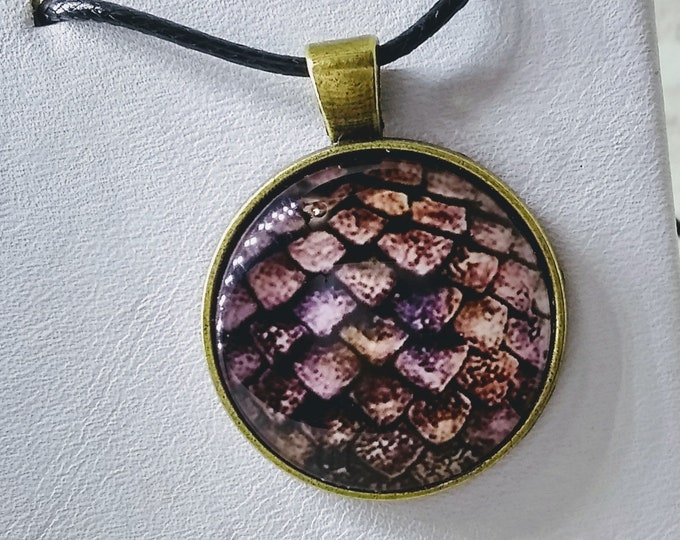 Dragon Scale Glass Necklace