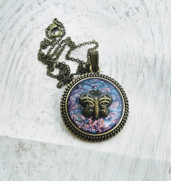 Bee Necklace - Bee Pendant - Hand Made Necklace