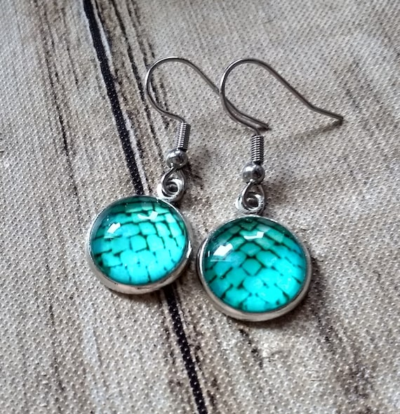 Dragon Scale Earrings - Dragon Scales - Turquoise Green Dragon Scales - Dragon Egg - Turquoise Green Earrings