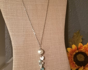 Floating Hearts Necklace