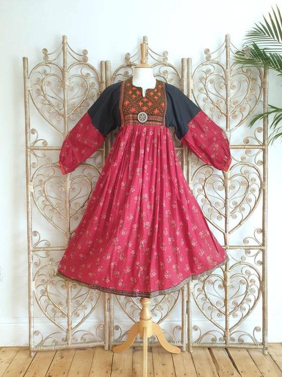 Vintage patchwork floral embroidered Cotton Afghan