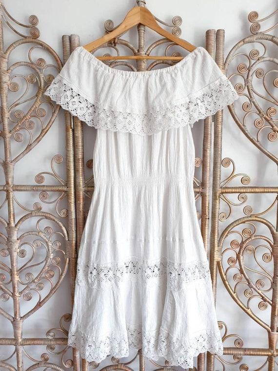 Vintage off white gypsy off the shoulder prairie c