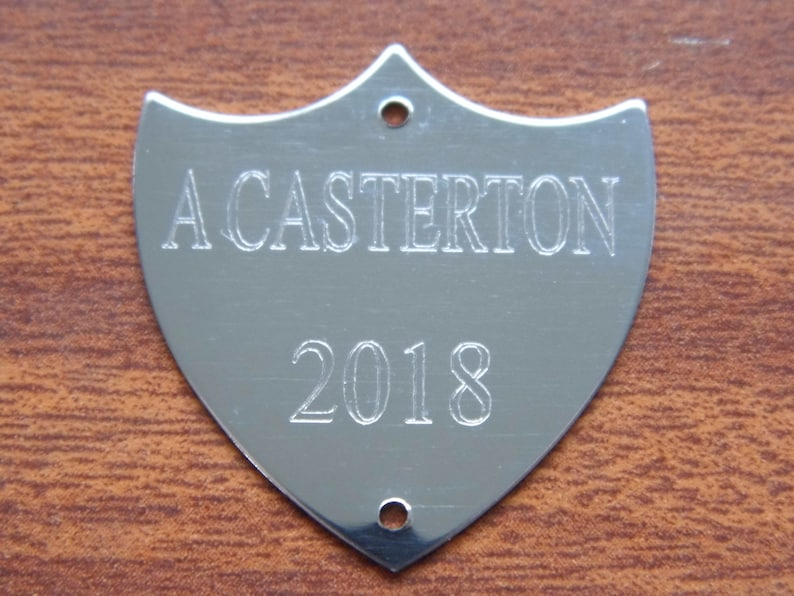 With-Free-Engraving Silver-Chrome Flat Trophy Side-Shield Trophy Annual Award