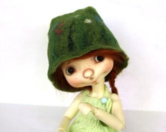 Sprocket Connie Lowe felted green cap Sprocket summer hat Sprocket clothes