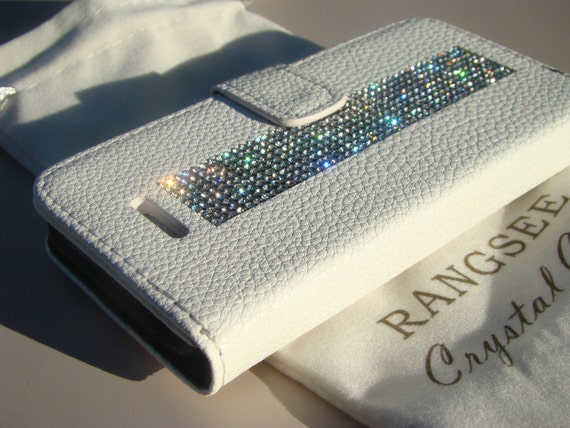 iPhone SE Case /5/ 5s Clear Rhinestone Crystals on White Wallet Case. Velvet/Silk Pouch bag Included, Genuine Rangsee Crystal Cases.