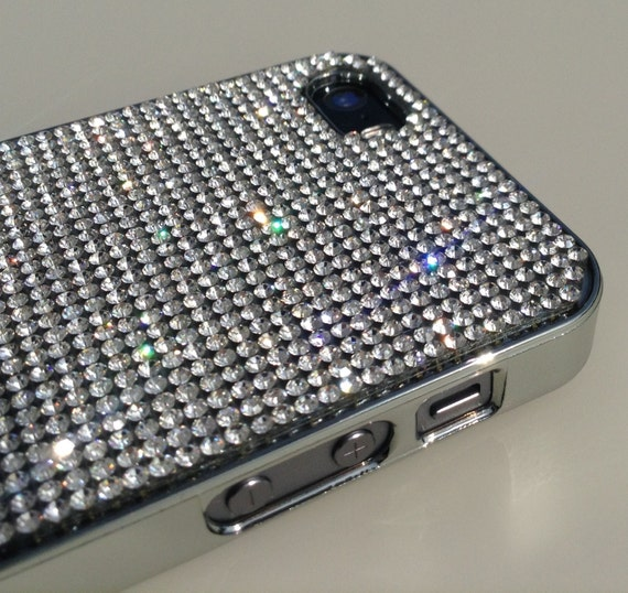 iPhone 5 / 5s / 5se Clear Diamond Rhinestone Crystals on Silver Chrom Case. Velvet/Silk Pouch Bag Included, Genuine Rangsee Crystal Cases.