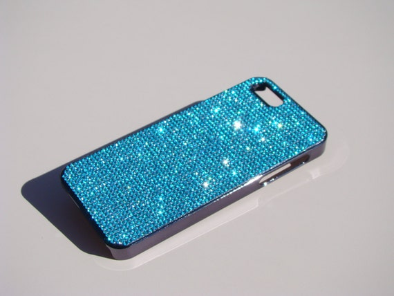 iPhone 5 / 5s /5se Aquamarine Blue Rhinestone Crystals  on Black Chrome Case. Velvet/Silk Pouch Bag Included, Genuine Rangsee Crystal Cases.