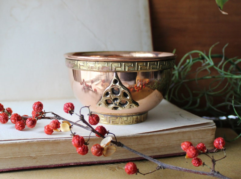Triquetra Copper Offering Bowl  Burner  Smudge Pot  Wiccan image 0