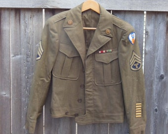 2dc98362cef 40s vintage WWII WW2 army jacket / field flight coat green wool camo USA  American military patches / historic period piece costume / rare M