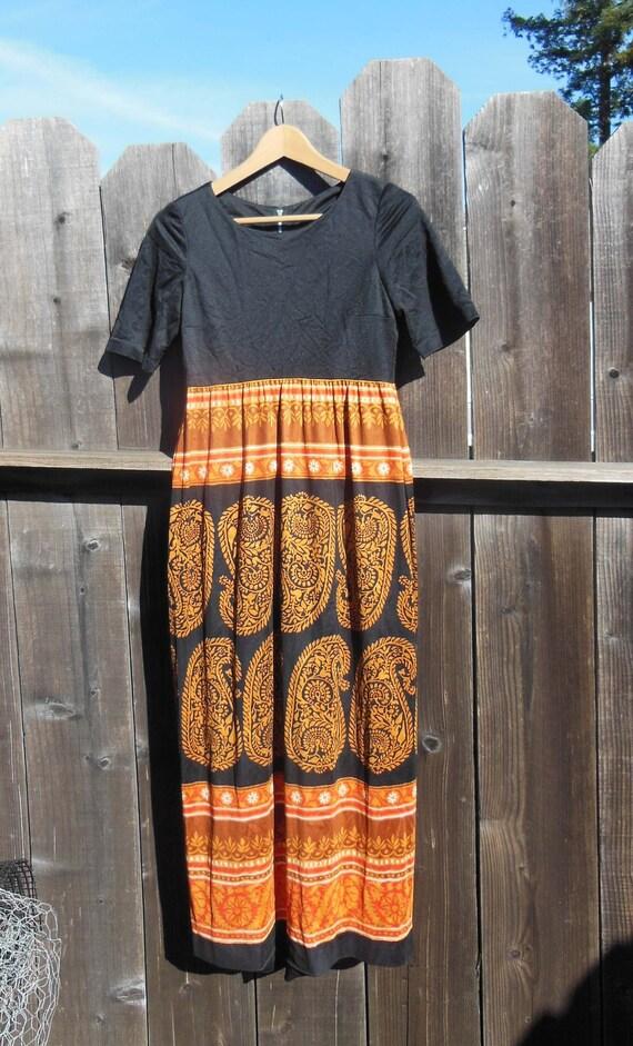Burgundy Vintage 70s Boho Hippie VelvetEmpire Waist  Dress ML