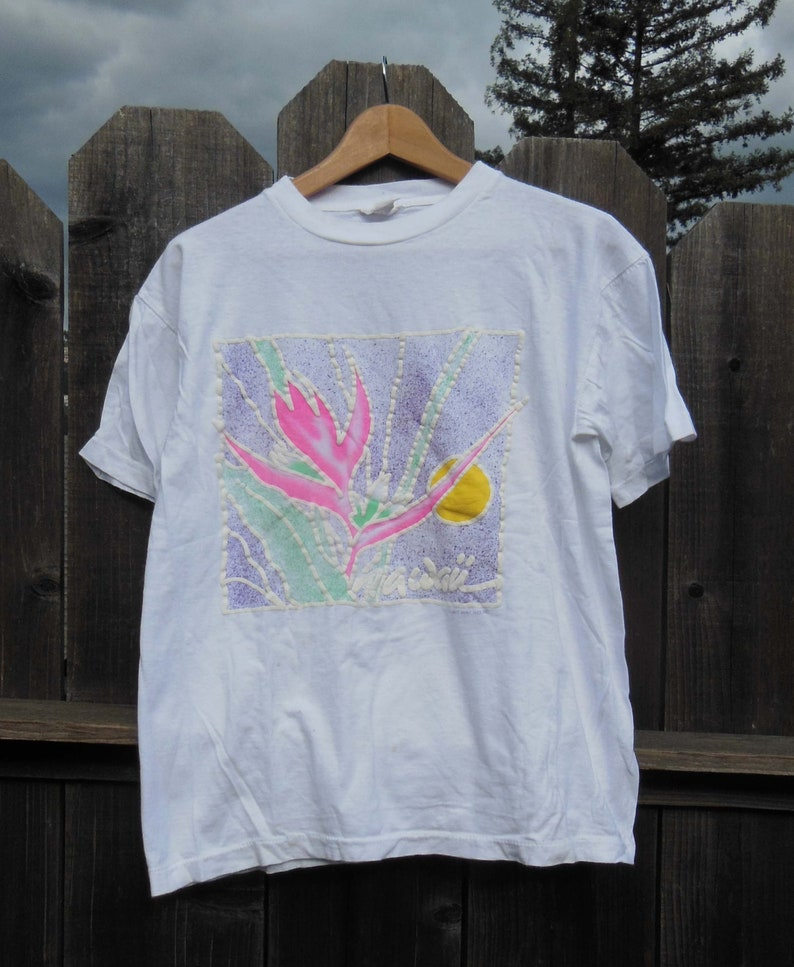 446876d9f 80s vintage Hawaii t shirt / pastel neon travel souvenir tee / | Etsy