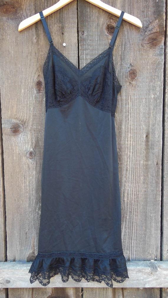 60s vintage black lace slip ruffle hem / mesh sexy
