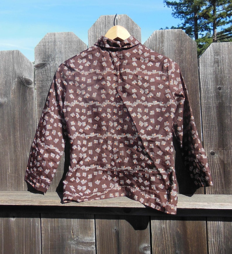 70s vintage brown chevron button up shirt  abstract print blouse cotton red white  boho hippie preppy hipster mod chic secretary cool  S
