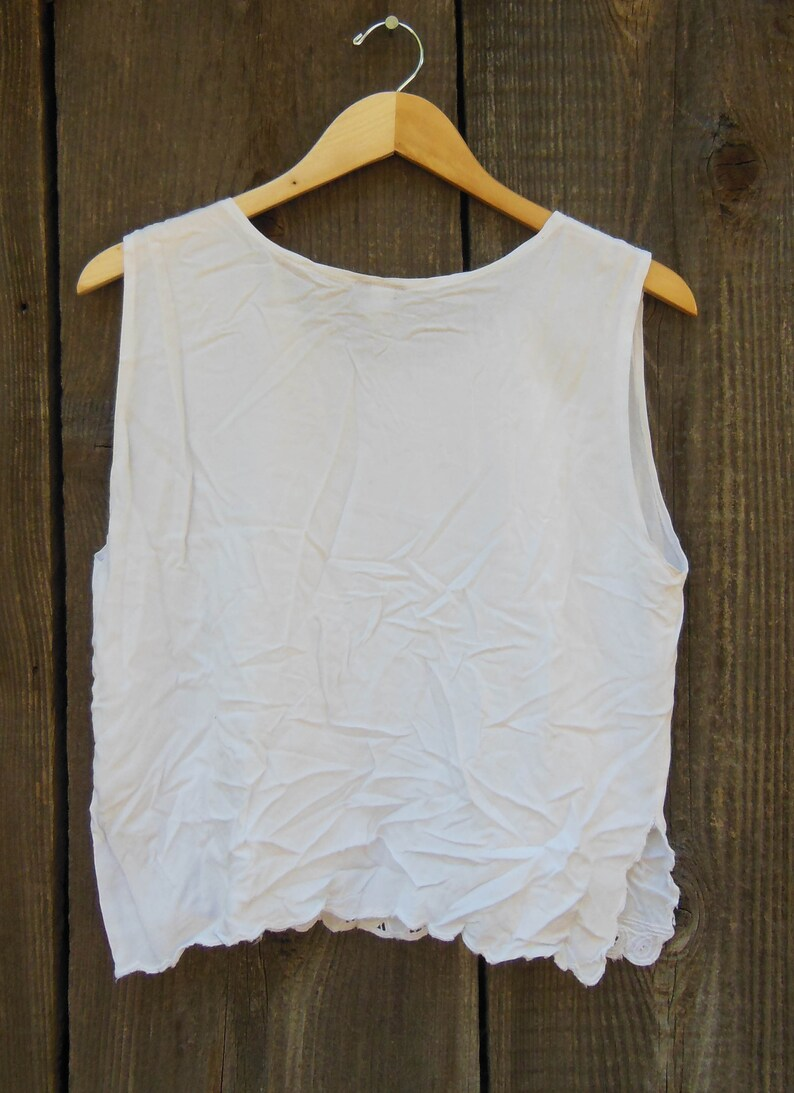 90s vintage white rayon tank top shirt  boxy loose eyelet lace Lolita summer beach boho hippie preppy hipster cute  scalloped edge L