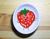 Happy Strawberry Bowl, Strawberry Snack Dish, Strawberry Ring Holder, Smiling Strawberry, Ceramic Strawberry Bowl, Strawberry Spoon Rest