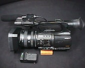 A Sony HDV 1080i Mini DV Digital Video Camera Recorder Complete with Microphone but untested