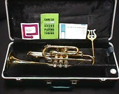 A Bundy by Selmer Bb Cornet in it 39 s Original Case Ready to Play with Extras as-is 2 T