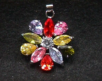 A Very Beautiful Vintage Sterling Silver Multi-Stone Ladies Pendant in Ready to Wear Condition as-is